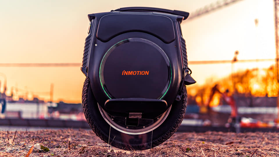 Inmotion V12 Electric Unicycle Side View
