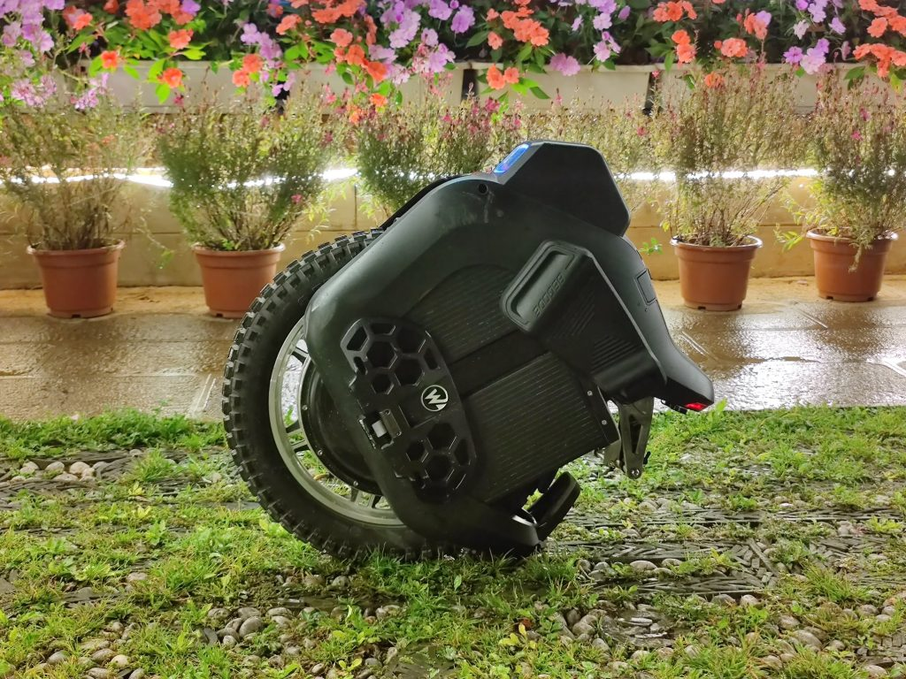 Begode Hero Suspension Electric Unicycle - Side